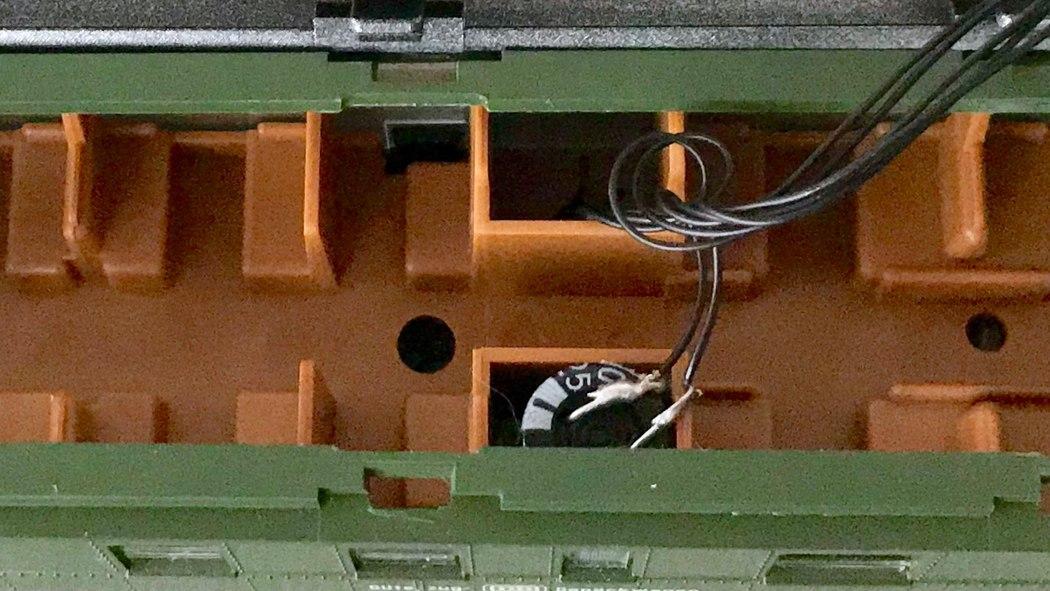 Roco Donnerbüchsen mit LED Beleuchtung – Modellbahn Zeit